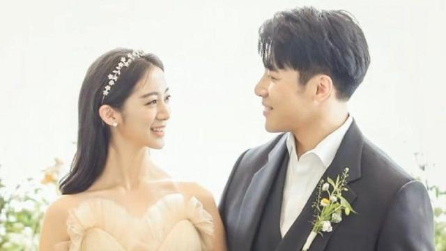 Hyerim Menikah dengan Shin Min Cheol setelah 7 Tahun Pacaran - ShowBiz  Liputan6.com