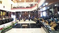 Rapat Paripurna Hari Jadi Mamuju ke-480 (Liputan6.com/Abdul Rajab Umar)