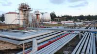 Pemandangan area Refinery Unit V Balikpapan, Kalimantan Timur, Senin (22/7/2019). Proyek Refinery Development Master Plan (RDMP) Balikpapan merupakan satu dari proyek pengembangan dan peningkatan kapasitas kilang yang dilakukan Pertamina. (Liputan6.com/Angga Yuniar)