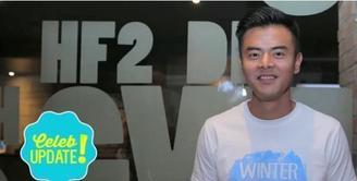 Dion Wiyoko menceritakan pengalamannya saat syuting film Winter in Tokyo di Jepang.