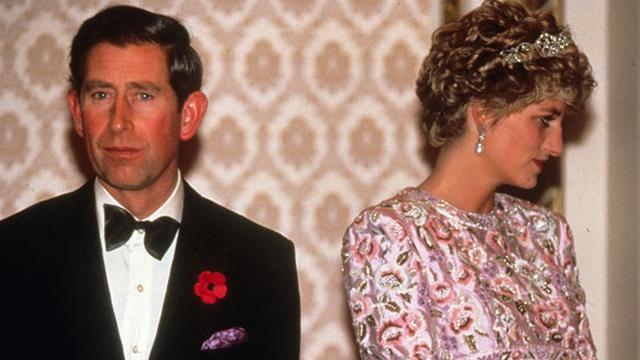 Ini yang Terjadi Saat Pangeran Charles Melihat Jasad Putri Diana ... 779e165215