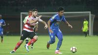 PSIS Semarang akan menjajal kekuatan klub Liga 2, PSIR Rembang, pada laga uji coba di Stadion Krida Rembang, Minggu (18/3/2018). (Bola.com/Ronald Seger Prabowo)