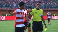 Bek Madura United, Fachruddin Wahyudi Aryanto. (Bola.com/Aditya Wany)