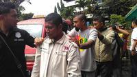 Kali ini, polisi menangkap 63 terduga preman yang berada di kampus Trisakti. (Liputan6.com/Muslim AR)