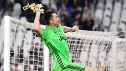 Kiper gaek Italia itu memutuskan kembali ke klub lamanya setelah 20 tahun berpisah dan rela bermain di Serie B musim depan. (EPA/Alessandro Di Marco)
