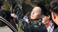 Potret Terbaru G-Dragon Usai Wajib Militer (sumber: osen)