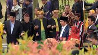 Acara mata ni horja digelar hari ini Sabtu (25/11) di kediaman keluarga Bobby yang terletak di Bukit Hijau Regency  (BHR Tasbi), jalan Taman Setiabudi, Medan Sumatra Utara. (Deki Prayoga/Bintang.com)