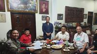 Suasana ketika TPP Pordasi DKI menerima pendaftaran Aryo Djojohadikusumo di sekretariat pada 15 Juni lalu (istimewa)