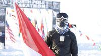 Tak hanya kesiapan fisik, Fedi Fianto pun turut membawa makanan khas Indonesia berupa rendang untuk mendukung persiapannya dalam mengikuti FWD North Pole Marathon 2018. (Instagram/@gapaitinggi)