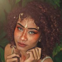 Ilustrasi makeup dengan fake freckles. (Unsplash.com)