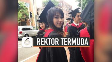 Risa Santoso, mendadak viral dan menjadi sorotan publik. Ia tercatat sebagai rektor termuda di Indonesia di Institut Teknologi dan Bisnis (ITB) Asia Malang.