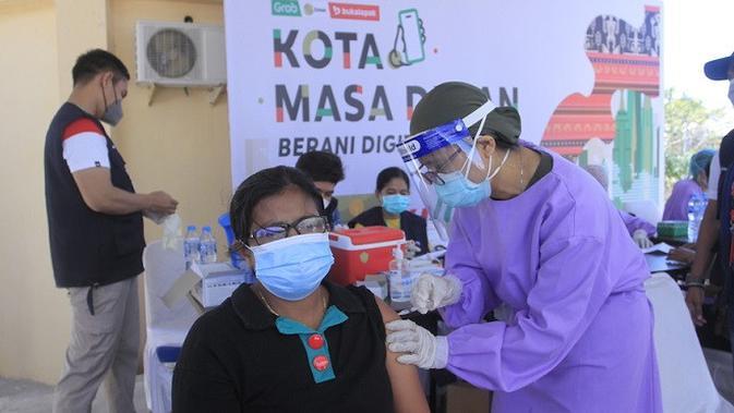 EMTK Grab, Emtek, dan Bukalapak Mulai Program Percepatan Digitalisasi UMKM di Kupang - Tekno Liputan6.com