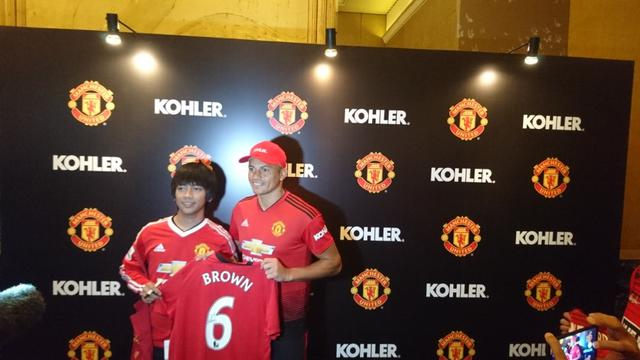 Keseruan Rian D Masiv Dan Ari Lasso Fans Manchester United Bikin Lagu Tentang Liverpool Inggris Bola Com