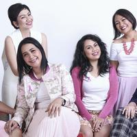 Inilah para pejuang kanker payudara yang tergabung dalam komunitas peduli pasien kanker, Pink Shimmerinc. (Fimela.com/Adrian Putra)