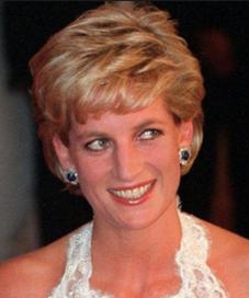 Dalam sebuah buku biografi, ternyata terungkap Putri Diana ternyata membutuhkan waktu untuk bisa terbiasa dengan kehidupannya sebagai istri dari Pangeran Charles. ( DENIS PAQUIN/AP)