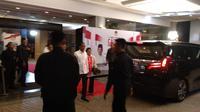 Capres Nomor Urut 01 Jokowi tiba di lokasi debat keempat Pilpres 2019. (Liputan6.com/Nafiysul Qodar)