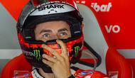 Kehadiran Jorge Lorenzo pada musim 2019 diharapkan bisa memberikan kemenangan buat Repsol Honda. (AFP/Robert Michael)