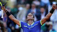 Petenis Spanyol, Rafael Nadal, mengincar gelar ke-10 alias La Decima pada perhelatan final Grand Slam Prancis Terbuka, Minggu (11/6/2017). (AP/David Vincent)