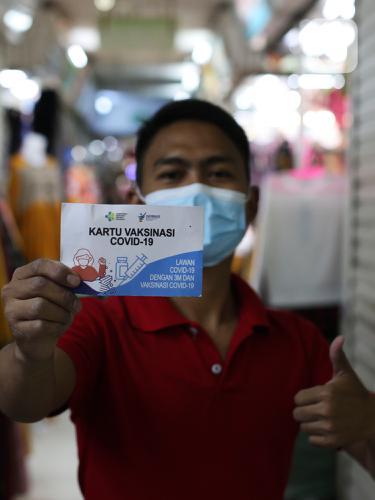 Masuk Tanah Abang Tunjukan Kartu Vaksin, Pedagang Keluhkan Sepi Pembeli