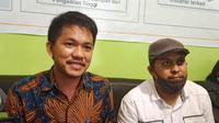 Tim Lawyer Habsi-Irwan saat mengajukan permohonan sengketa Pilkada ke Bawaslu Mamuju (Foto: Liputan6.com/Abdul Rajab Umar)