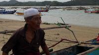 Seorang nelayan penangkap benih lobster di Lombok, Nusa Tenggara Barat. (Liputan6.com/Hans Bahanan)