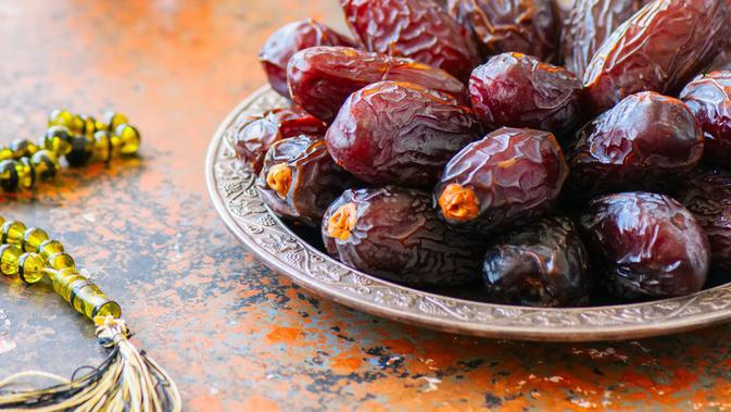 Makanan Sahur dan Buka yang Bikin Berenergi Saat Puasa