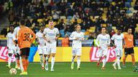 Real Madrid meraih kemenangan lima gol tanpa balas atas Shakhtar Donetsk pada laga ketiga Grup D Liga Champions di Stadion NSK Olimpiyskiy, Rabu (20/10/2021) dini hari WIB. (AFP/Sergei SUPINSKY)
