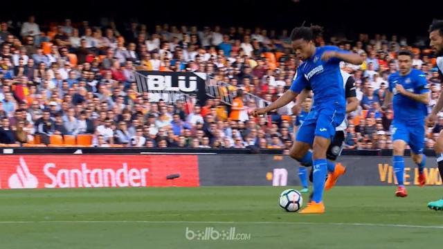 Dua gol Loic Remy membuat Valencia kalah 1-2 dari tim tamu Getafe, Rabu (18/4) sekaligus memberi kekalahan beruntun kedua bagi Los...