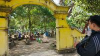 Penampakan Kompleks Pemakaman Andong Sari, Kelurahan Ledok Kulon, Kecamatan kota Bojonegoro. (Liputan6.com/ Ahmad Adirin)