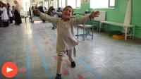 Viral video bocah menari bahagia dapat kaki palsu baru (Sumber: The Guardian)