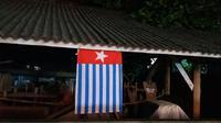 Saat ini, bendera berukuran 2x3 meter itu sudah diturunkan.