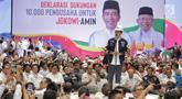Capres nomor urut 01 Joko Widodo memberi sambutan saat menghadiri deklarasi pengusaha Indonesia dukungan kepada pasangan capres-cawapres nomor urut 01 Jokowi-Ma'ruf Amin di Istora Gelora Bung Karno, Jakarta, Kamis (21/3). (Liputan6.com/Faizal Fanani)