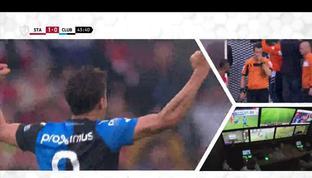 Club Brugge juara Liga Belgia musim ini usai menahan imbang 1-1 penghuni posisi kedua klasemen, Standard Liege. Dengan perbedaan t...