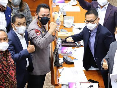FOTO: Kapolri Rapat Kerja dengan Komisi III DPR