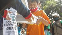 Poltracking Indonesia membagikan 20 ribu paket bansos untuk terdampak corona (Istimewa)