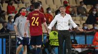 Ekspresi kecewa pelatih Spanyol, Luis Enrique saat melawan Swedia dalam laga Grup E Euro 2020 di La Cartuja Stadium, Sevilla, Selasa (15/6/2021) dini hari WIB. (Foto: AP/Pool/Pierre Philippe Marcou)