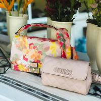 GUESS Spring/Summer 2019 handbag and jewelry collection. (Foto: istimewa)