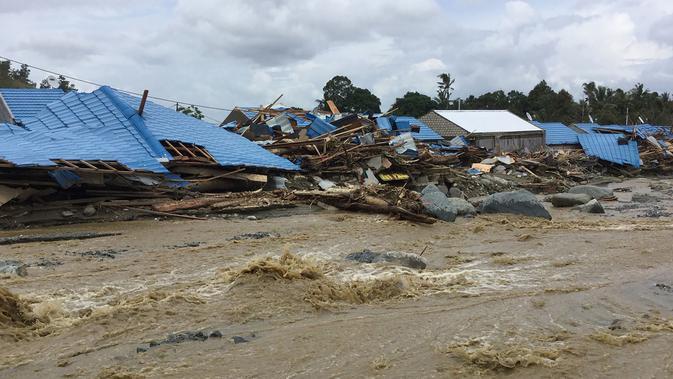 Bank BRI Salurkan Bantuan Bagi Korban Banjir Bandang Di Sentani