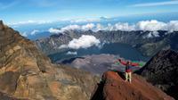 Rifki Feriandi mendaki gunung usai pensiun dini (istimewa)