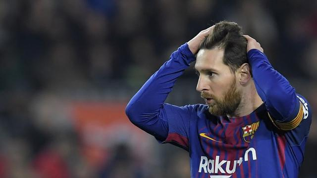 Bisakah Lionel Messi mempertahankan sepatu emas musim ini  (AFP Lluis Gene) 7de6feff9b