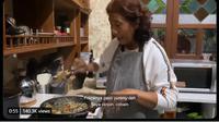Susi Pudjiastuti baru saja mengunggah sebuah video yang memperlihatkannya sedang memasak keong sawah sebagai menu makan malamnya (Sumber: Twitter.com/SusiPudjiastuti)