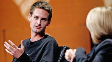 Evan Thomas Spiegel, pendiri dan CEO aplikasi Snapchat.