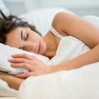 Setelah tidur sejenak, ketika bangun kamu akan merasa rileks (Sumber foto: independent.uk)