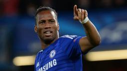 1. Didier Drogba - Striker Pantai Gading ini menjadi andalan Jose Mourinho saat menukangi Chelsea pada periode 2004-2007. Kerjasama keduanya membuahkan gelar liga Inggris musim 2004/05 dan 2014/15. (EPA/Facundo Arrizabalaga)