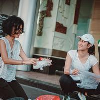 Aksi Rampok Plastik di Car Free Day Bareng Dian Sastrowardoyo