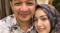 Pasha Ungu dan Adelia Pasha (Instagram/adeliapasha)