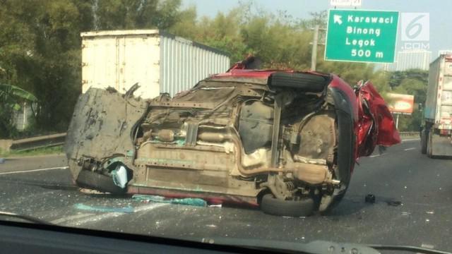 870 Koleksi Gambar Mobil Truk Kecelakaan Terbaru