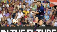 Chelsea berniat mendatangkan Ivan Rakitic yang kontraknya di Barcelona akan berakhir pada 2021. (AFP/Lluis Gene)