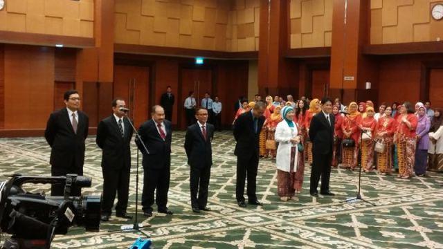Menteri Keuangan Bambang Brodjonegoro melantik Heru Pambudi menjadi  Direktur Jenderal Bea dan Cukai. 05941f56e8
