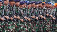 Anggota TNI saat mengikuti Apel Kesiapan Natal, Tahun Baru 2019 serta menjelang Pemilu legislasi dan Presiden 2019 di Monas, Jakarta, Jumat (30/11). Apel  diikuti 50.000 personel dari AD, AL, AU dan Polri.(Www.sulawesita.com)